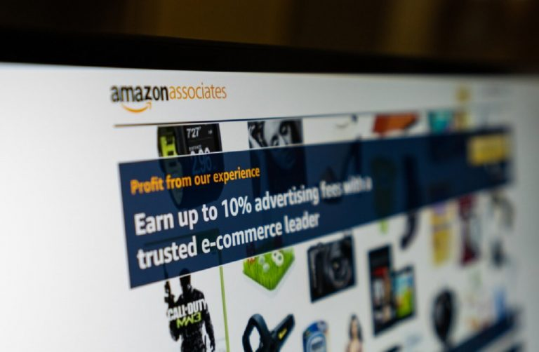 Make money on amazon without selling anything